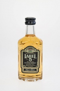 36. Label 5 Finest Blended Scotch Whisky Classic Black